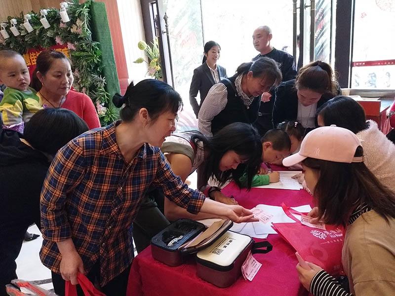 三月三慧佳城活动,临桂这些孩子和家长玩疯了